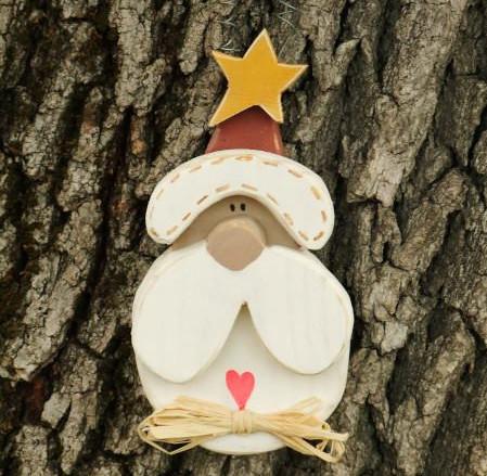 Mikulásos ajtódísz maradék fából